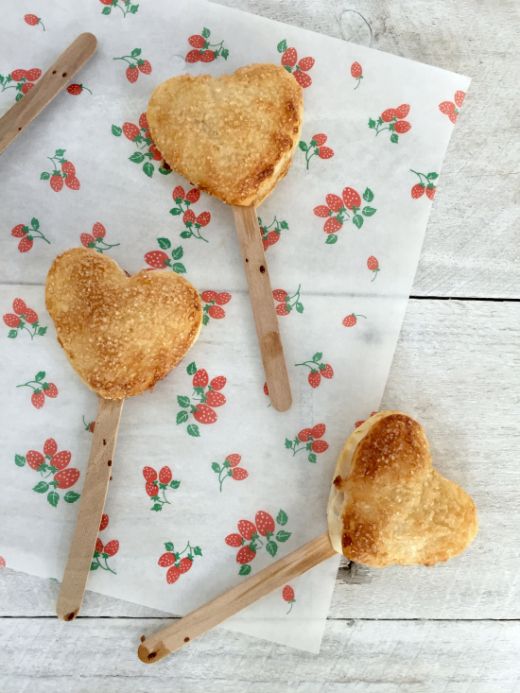 heart-pie-pops