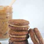 ginger-cookies-sandwiched-with-date-spread
